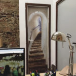 Diseño e instalación de vinilos para puertas Zinkers